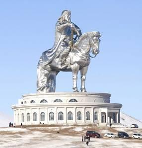 Ulán Bator Gengis Kan estatua 2